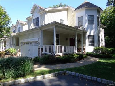 Cortlandt Manor Condo/Townhouse For Sale: 7 Merion Court