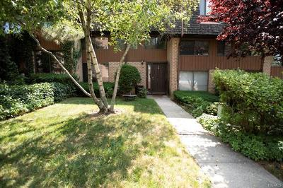 Pelham Condo/Townhouse For Sale: 14 The Hamlet
