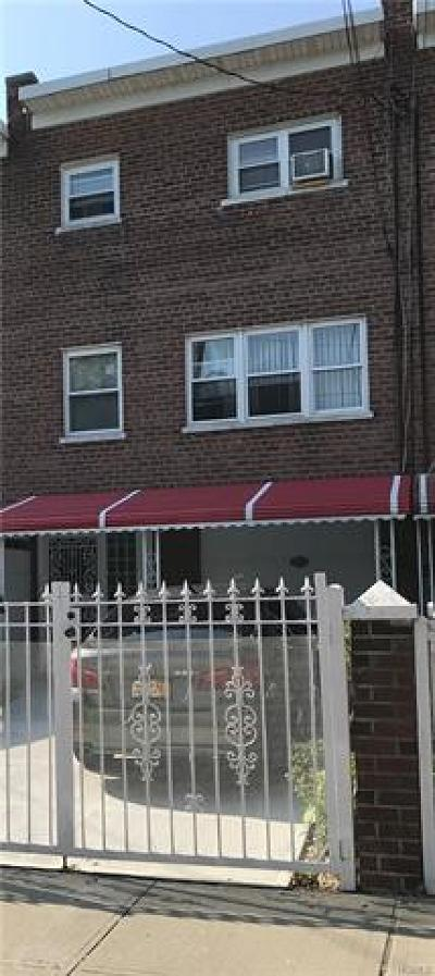 Bronx Single Family Home For Sale: 1321 Needham Avenue