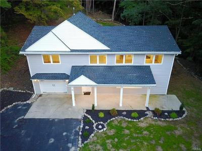 Monroe Single Family Home For Sale: 74 Old Dutch Hollow Road
