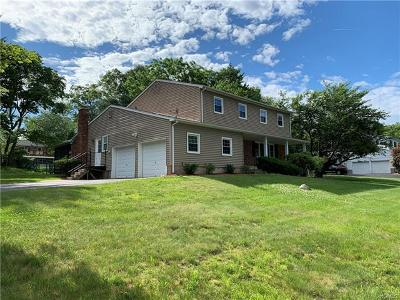 Rockland County Single Family Home For Sale: 29 Colgate Drive
