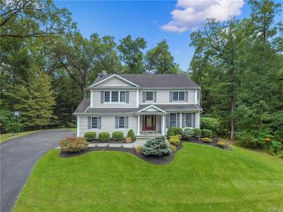 Westchester County Single Family Home For Sale: 7 Bittersweet Lane