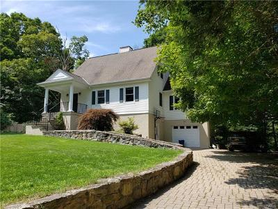 Putnam County Single Family Home For Sale: 11 Arbutus Street