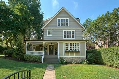 Westchester County Single Family Home For Sale: 40 Manursing Avenue