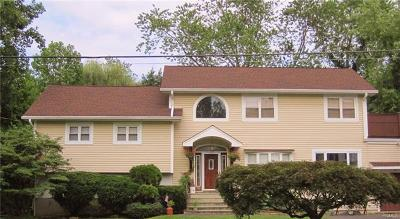 Hartsdale Single Family Home For Sale: 55 Clements Place