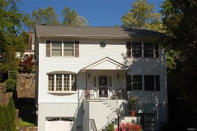 White Plains Single Family Home For Sale: 84 Valley Road