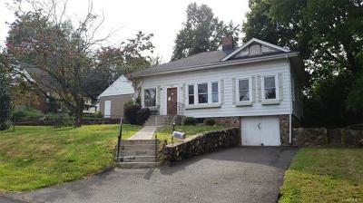 Nyack Single Family Home For Sale: 402 Cedar Avenue