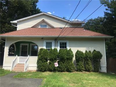 West Nyack Single Family Home For Sale: 48 Demarest Avenue