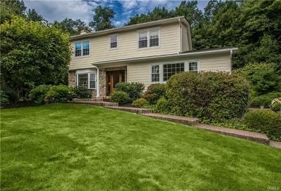 Millwood Single Family Home For Sale: 19 Hidden Hollow Lane