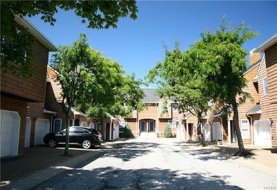 Croton-on-hudson Condo/Townhouse For Sale: 311 Half Moon Bay Drive