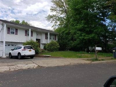 Garnerville Single Family Home For Sale: 6 Eakman Drive