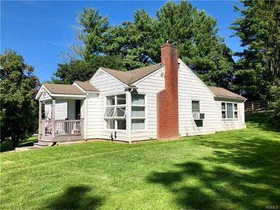 Pine Bush Single Family Home For Sale: 105 Burlingham Road