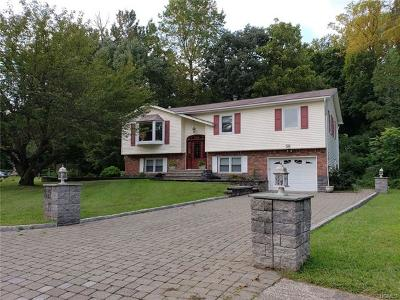 Single Family Home For Sale: 30 Lake Drive