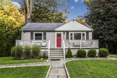 Cortlandt Manor Single Family Home For Sale: 21 Hollowbrook Lane
