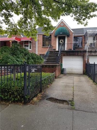 Multi Family 2-4 For Sale: 3251 Eastchester Road