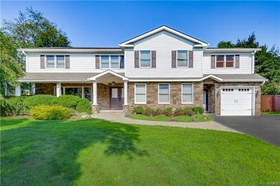 Spring Valley Single Family Home For Sale: 1 Green Hill Lane
