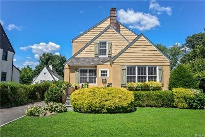 Scarsdale Single Family Home For Sale: 17 Vassar Place