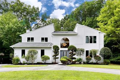 Pomona Single Family Home For Sale: 50 Ladentown Road