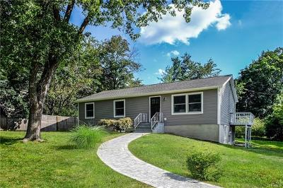 Yorktown Heights Single Family Home For Sale: 109 Upland Road