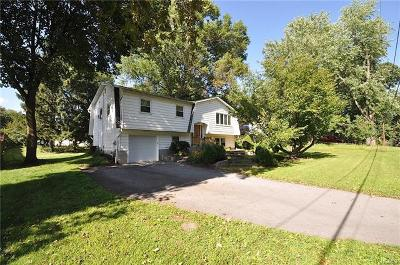 Montgomery Single Family Home For Sale: 152 Chandler Lane