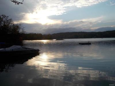 Putnam Valley NY Rental For Rent: $1,950