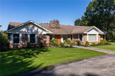 Dutchess County Single Family Home For Sale: 527 North Quaker Hill Road