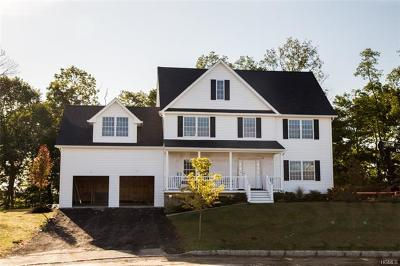 Yorktown Heights Single Family Home For Sale: 2463 Orchard View Court
