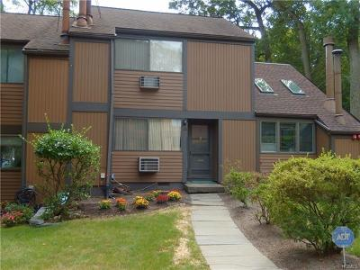 Dobbs Ferry Single Family Home For Sale: 13 Round Hill Road