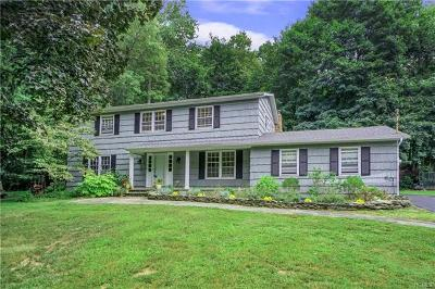 Yorktown Heights Single Family Home For Sale: 2360 Bunney Court