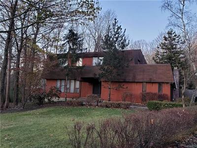 Single Family Home For Sale: 5 Burning Brush Court