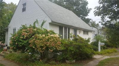 Spring Valley Single Family Home For Sale: 12 Anthony Drive