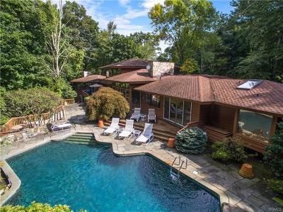 Armonk Single Family Home For Sale: 63 Round Hill Road