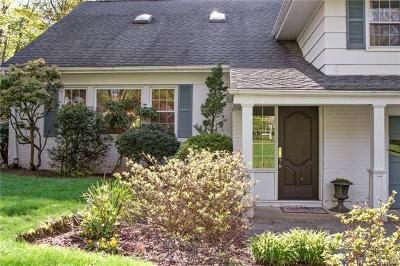 Westchester County Single Family Home For Sale: 19 Rose Lane