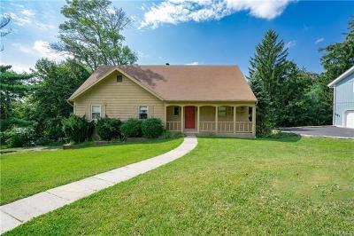 Pleasantville Single Family Home For Sale: 10 Randy Lane