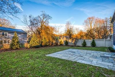 Scarsdale Single Family Home For Sale: 25 Hutchinson Boulevard