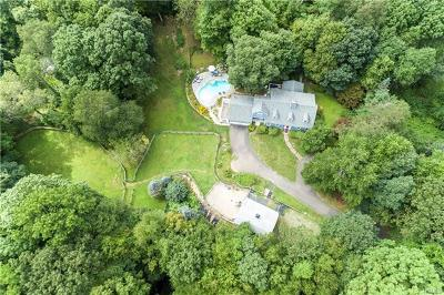 Connecticut Single Family Home For Sale: 259 Spring Valley