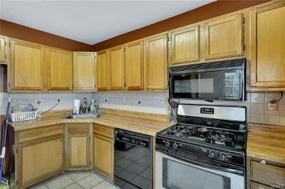 Chester Condo/Townhouse For Sale: 2210 Whispering Hills