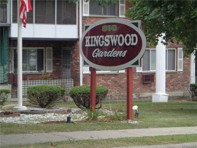 New Windsor Condo/Townhouse For Sale: 810 Blooming Grove Turnpike #8
