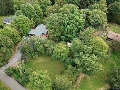 Pomona Single Family Home For Sale: 4 Diltz Road