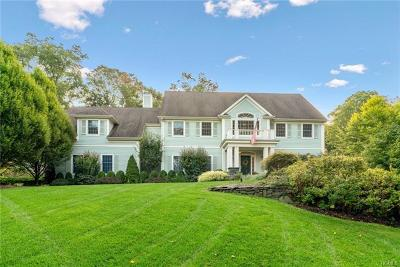 Chappaqua Single Family Home For Sale: 22 Pebblebrook Way
