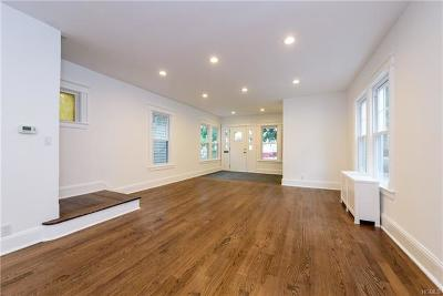Morris Park Single Family Home For Sale: 1572 Tomlinson Avenue