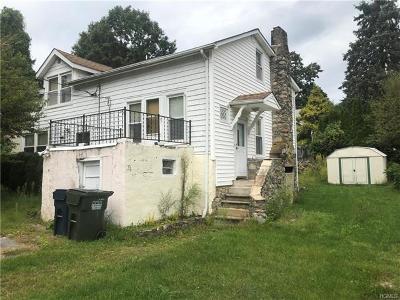 Putnam County Single Family Home For Sale: 211 Oak Road West