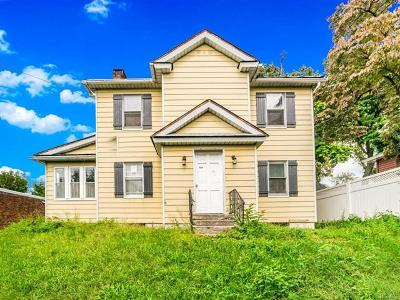 Westchester County Single Family Home For Sale: 263 Roberts Avenue