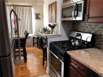 Westchester County Co-Operative For Sale: 495 Odell Avenue #2D