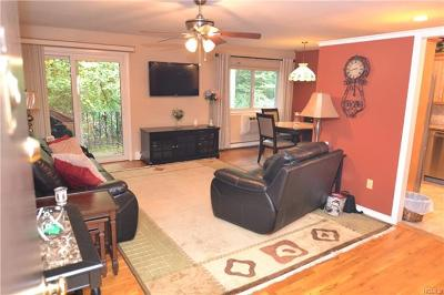 Westchester County Co-Operative For Sale: 16 Scenic Drive #P