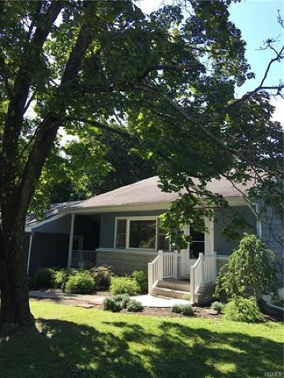 Dutchess County Single Family Home For Sale: 9 Durocher Terrace