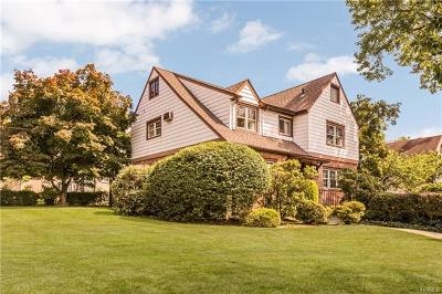 Westchester County Single Family Home For Sale: 60 Algonquin Road