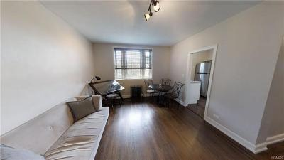Westchester County Co-Operative For Sale: 208 Centre Avenue #2J