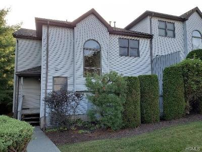 Monroe Condo/Townhouse For Sale: 92 McBee Court #92