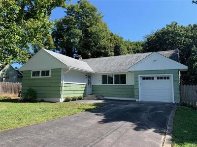 Dutchess County Single Family Home For Sale: 36 Phyllis Road